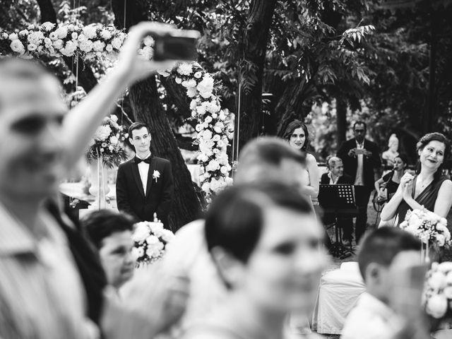 Il matrimonio di Luca e Nadia a Lesmo, Monza e Brianza 20