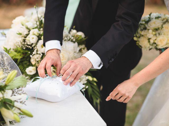 Il matrimonio di Luca e Nadia a Lesmo, Monza e Brianza 24