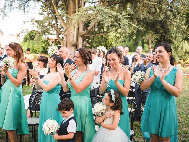 Il matrimonio di Luca e Nadia a Lesmo, Monza e Brianza 27