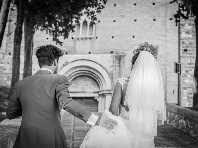 Il matrimonio di Valentina e Alessandro a San Severino Marche, Macerata 128