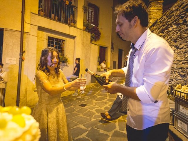 Il matrimonio di Luca e Marusca a Locate Varesino, Como 4