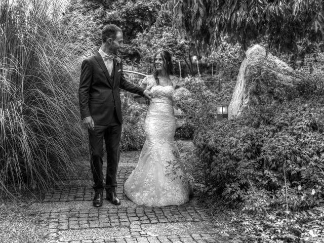 Il matrimonio di Fabrizio e Laura a Mariano Comense, Como 16