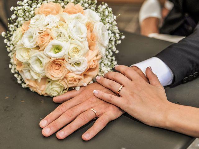 Il matrimonio di Fabrizio e Laura a Mariano Comense, Como 17
