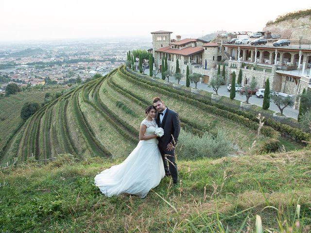 Il matrimonio di Emanuele e Elena a Borgosatollo, Brescia 187