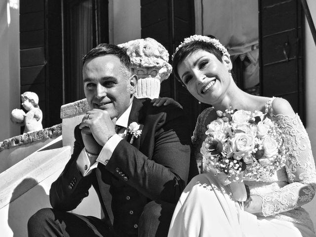 Il matrimonio di Davide e Laura a Mira, Venezia 28