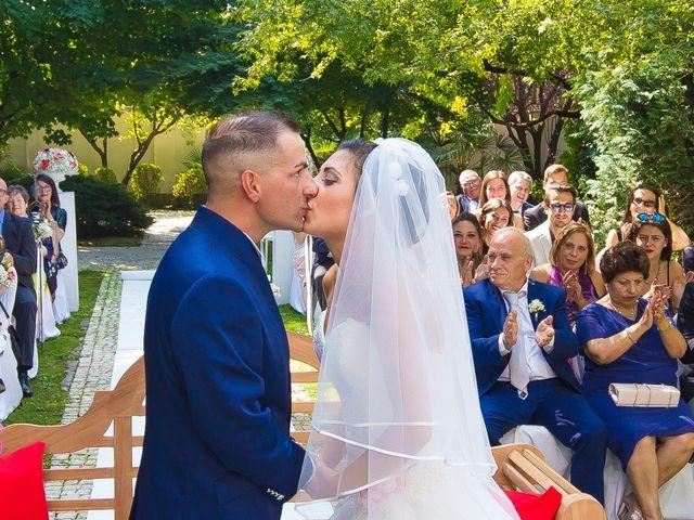 Il matrimonio di Carlo e Vanessa a Cassano Magnago, Varese 19