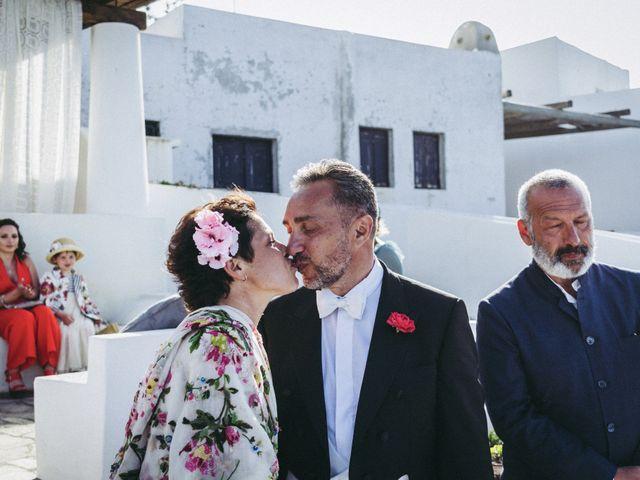 Il matrimonio di Marco e Rosanna a Stromboli, Messina 20