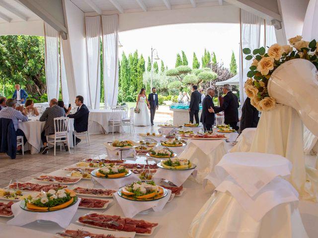 Il matrimonio di Marinella e Marco a San Giovanni Rotondo, Foggia 13