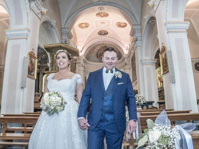 Il matrimonio di Alan e Paola a Barni, Como 16