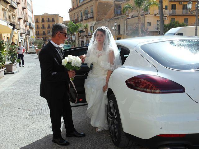 Il matrimonio di Alfonso e Elisa a Porto Empedocle, Agrigento 28