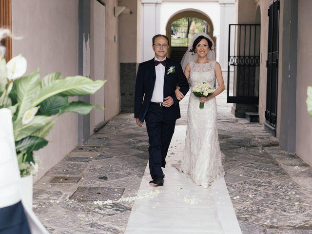 Il matrimonio di Viviana e Ivan a Napoli, Napoli 12