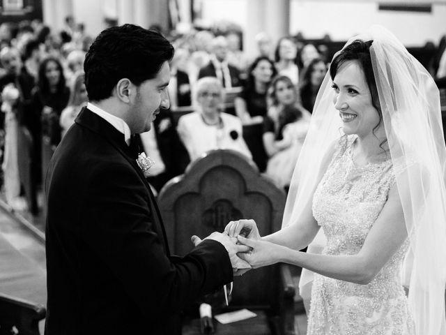 Il matrimonio di Viviana e Ivan a Napoli, Napoli 16