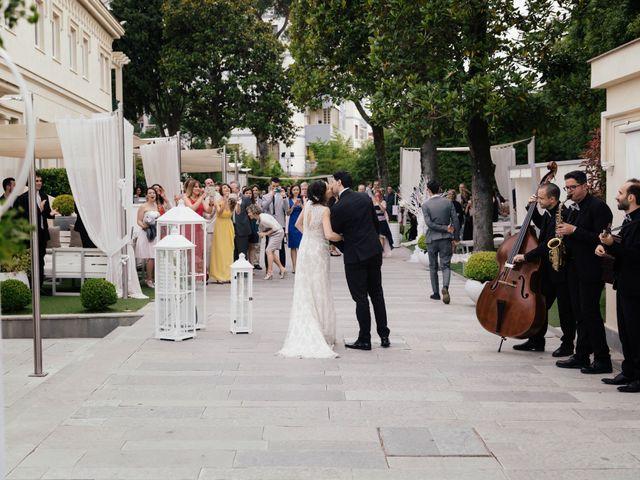Il matrimonio di Viviana e Ivan a Napoli, Napoli 23