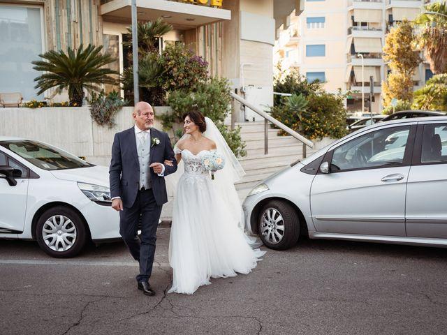 Il matrimonio di Dario e Elisabetta a Terracina, Latina 14