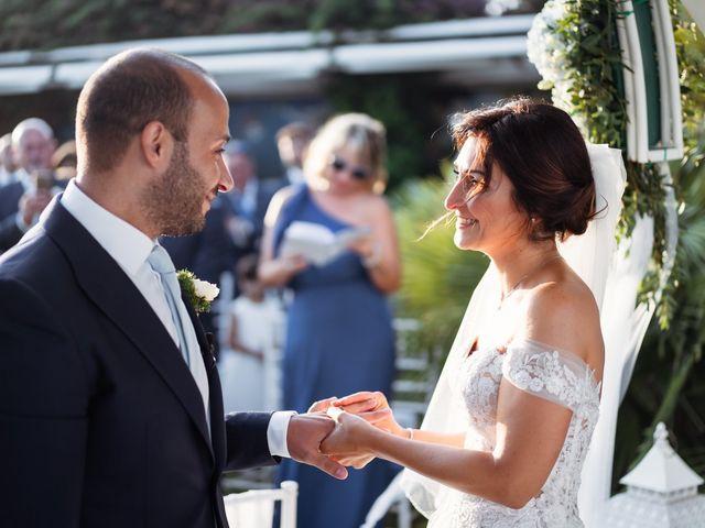 Il matrimonio di Dario e Elisabetta a Terracina, Latina 19