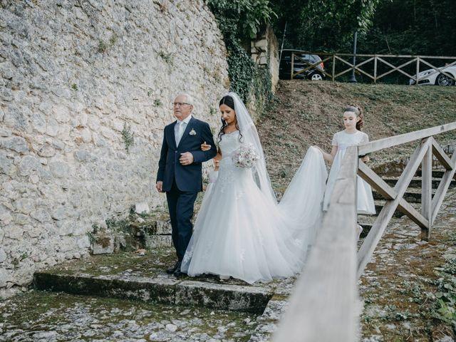 Il matrimonio di Ugo e Annalisa a Serramonacesca, Pescara 19