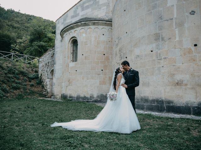 Il matrimonio di Ugo e Annalisa a Serramonacesca, Pescara 23