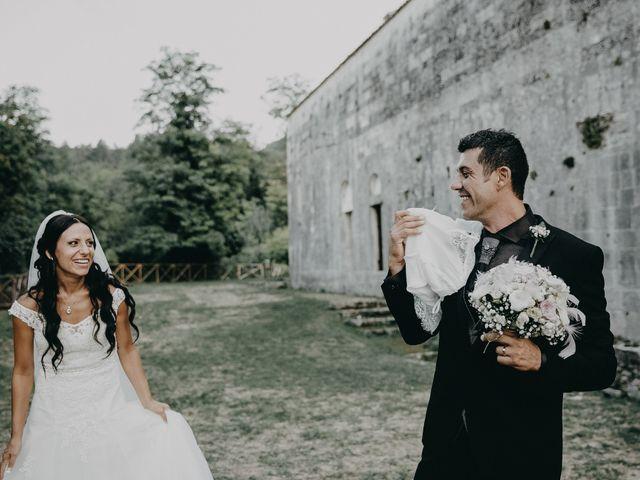 Il matrimonio di Ugo e Annalisa a Serramonacesca, Pescara 24