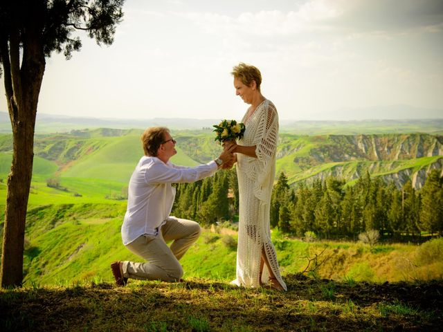Il matrimonio di Fred e Christina a Volterra, Pisa 1