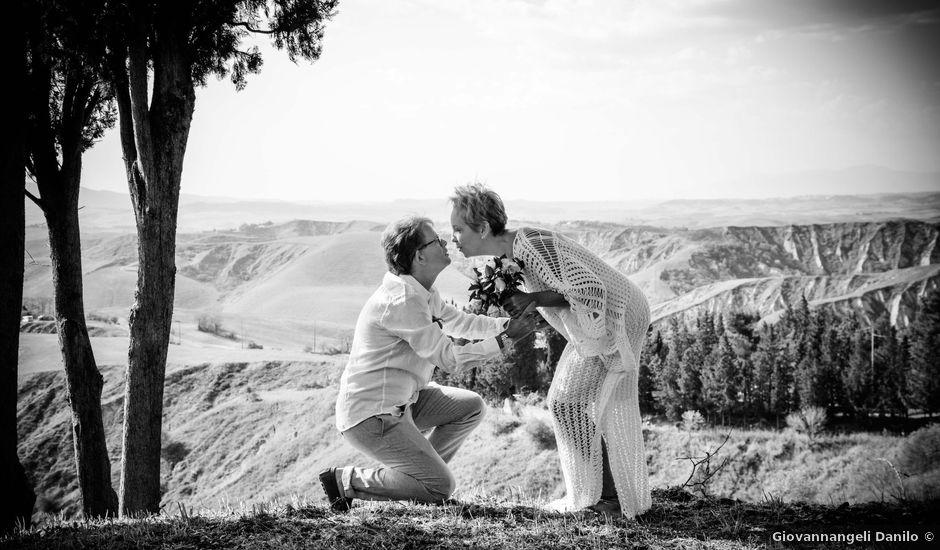 Il matrimonio di Fred e Christina a Volterra, Pisa