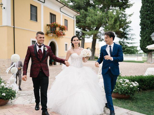 Il matrimonio di Stefano e Claudia a Tocco da Casauria, Pescara 17