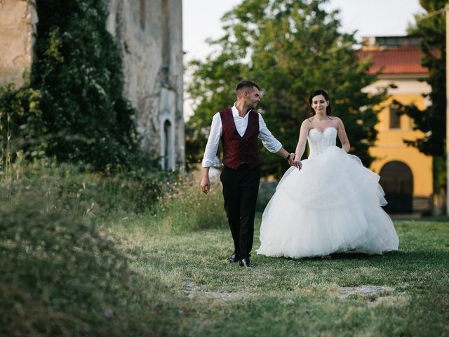 Il matrimonio di Stefano e Claudia a Tocco da Casauria, Pescara 23