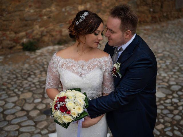 Il matrimonio di Davide e Mariantonietta a Strongoli, Crotone 3