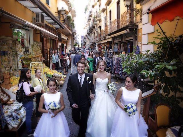 Il matrimonio di Mario e Mary a Sorrento, Napoli 13