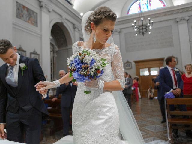 Il matrimonio di Fabio e Lara a Valeggio sul Mincio, Verona 4