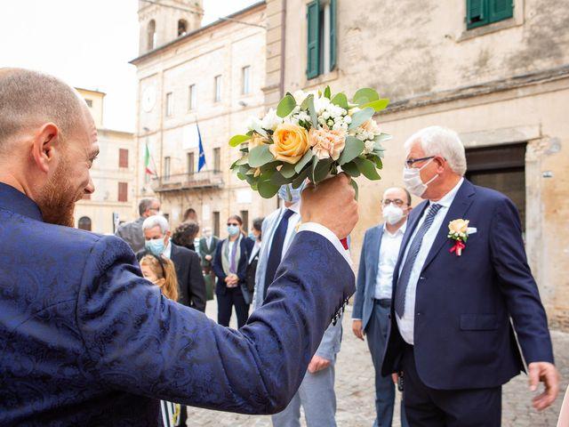 Il matrimonio di Fabio e Sabina a Castelfidardo, Ancona 10