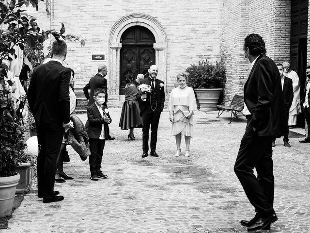 Il matrimonio di Fabio e Sabina a Castelfidardo, Ancona 13