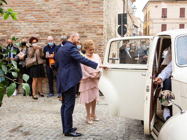 Il matrimonio di Fabio e Sabina a Castelfidardo, Ancona 16