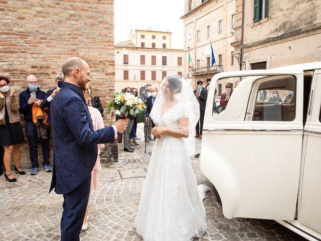 Il matrimonio di Fabio e Sabina a Castelfidardo, Ancona 17