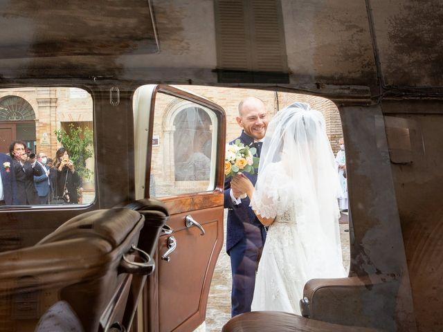 Il matrimonio di Fabio e Sabina a Castelfidardo, Ancona 18