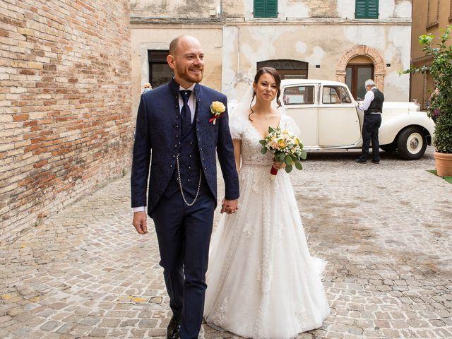 Il matrimonio di Fabio e Sabina a Castelfidardo, Ancona 21