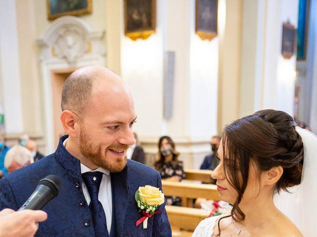 Il matrimonio di Fabio e Sabina a Castelfidardo, Ancona 27