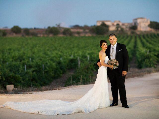 Il matrimonio di Alessandro  e Veronica  a Trapani, Trapani 17