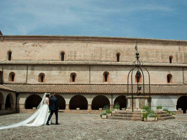 Il matrimonio di Vincenzo e Chiara a Tolentino, Macerata 11