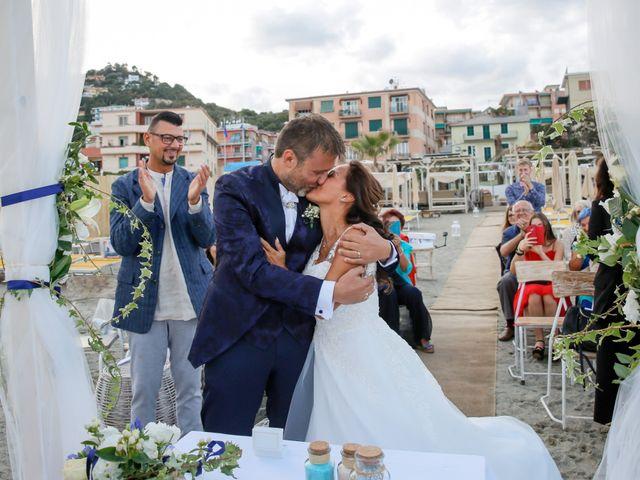 Il matrimonio di Marco e Maria a Albisola Superiore, Savona 14