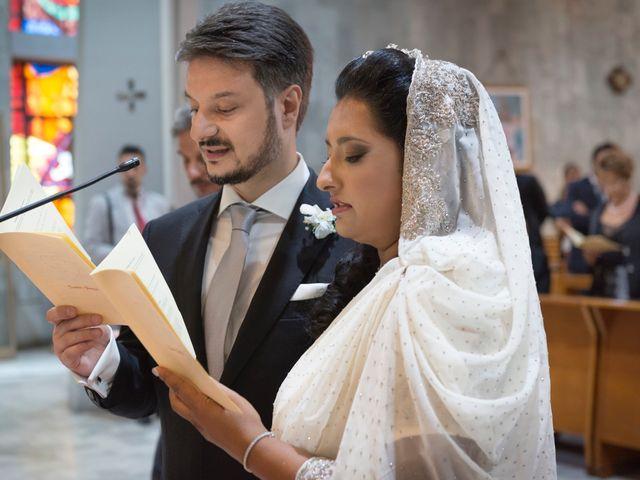 Il matrimonio di GIUSEPPE e DANIELA a Napoli, Napoli 13