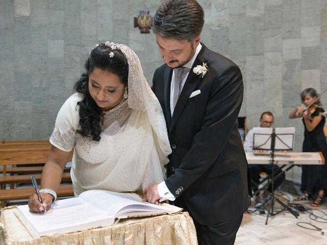 Il matrimonio di GIUSEPPE e DANIELA a Napoli, Napoli 14