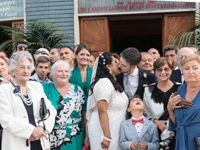 Il matrimonio di GIUSEPPE e DANIELA a Napoli, Napoli 18
