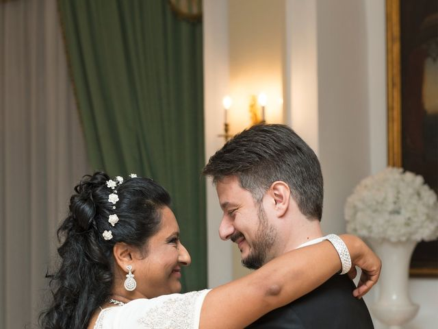 Il matrimonio di GIUSEPPE e DANIELA a Napoli, Napoli 22