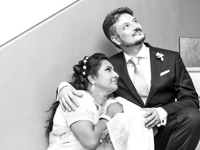 Il matrimonio di GIUSEPPE e DANIELA a Napoli, Napoli 25