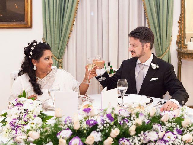 Il matrimonio di GIUSEPPE e DANIELA a Napoli, Napoli 28