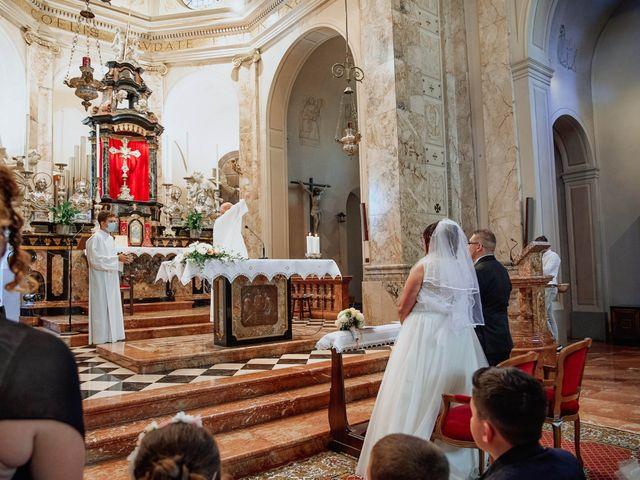 Il matrimonio di Sabrina e Cristian a Malnate, Varese 19