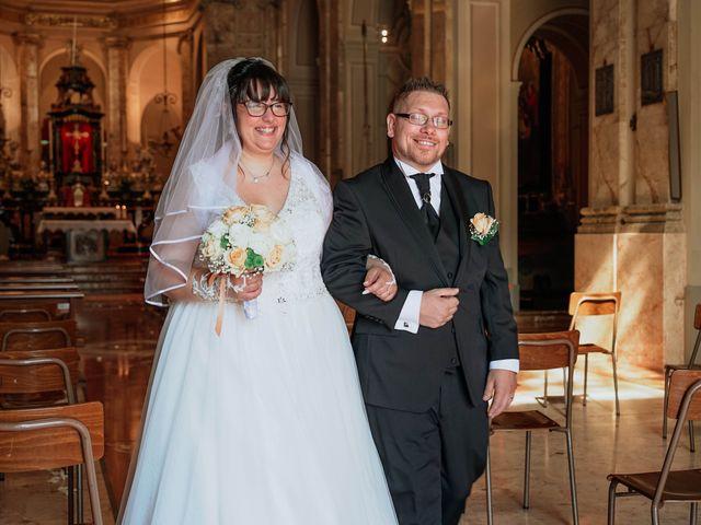 Il matrimonio di Sabrina e Cristian a Malnate, Varese 22
