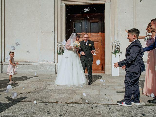 Il matrimonio di Sabrina e Cristian a Malnate, Varese 23