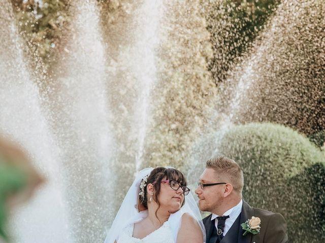 Il matrimonio di Sabrina e Cristian a Malnate, Varese 27