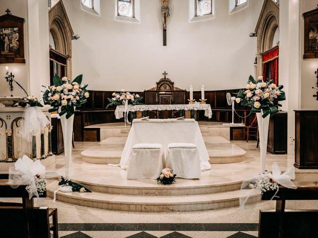 Il matrimonio di Lara e Gabriele a Senigallia, Ancona 21